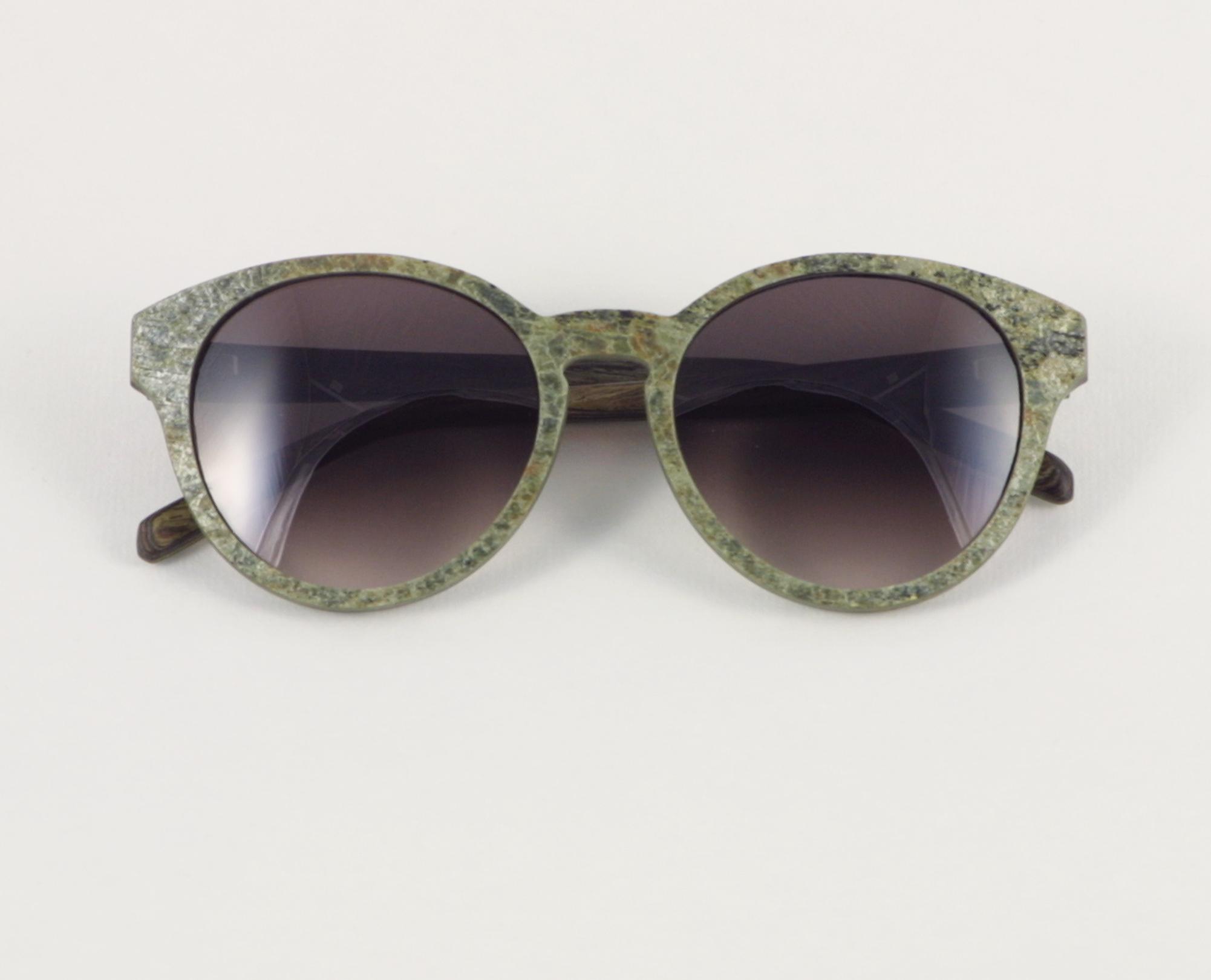 Bild: Brille von Kerbholz